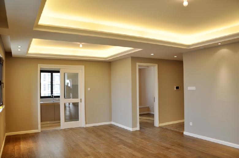 第一次装修,以前住的房子从没用过白色以外的墙漆,这次自己设计,想