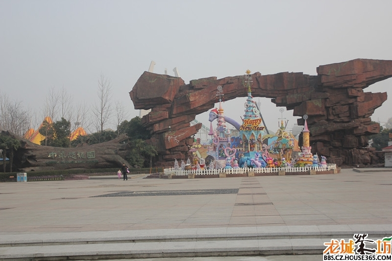 中华恐龙园作为国家5a级风景游玩区是常州的一大骄傲~春节期间,来常州