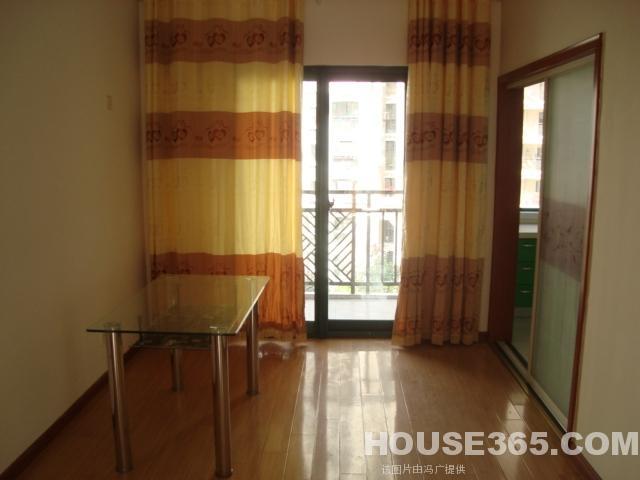 家居 起居室 设计 装修 640_480