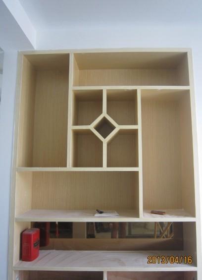 木工师傅按行规制作的酒柜