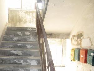 琅琊新村1室0厅1卫12平米整租简装