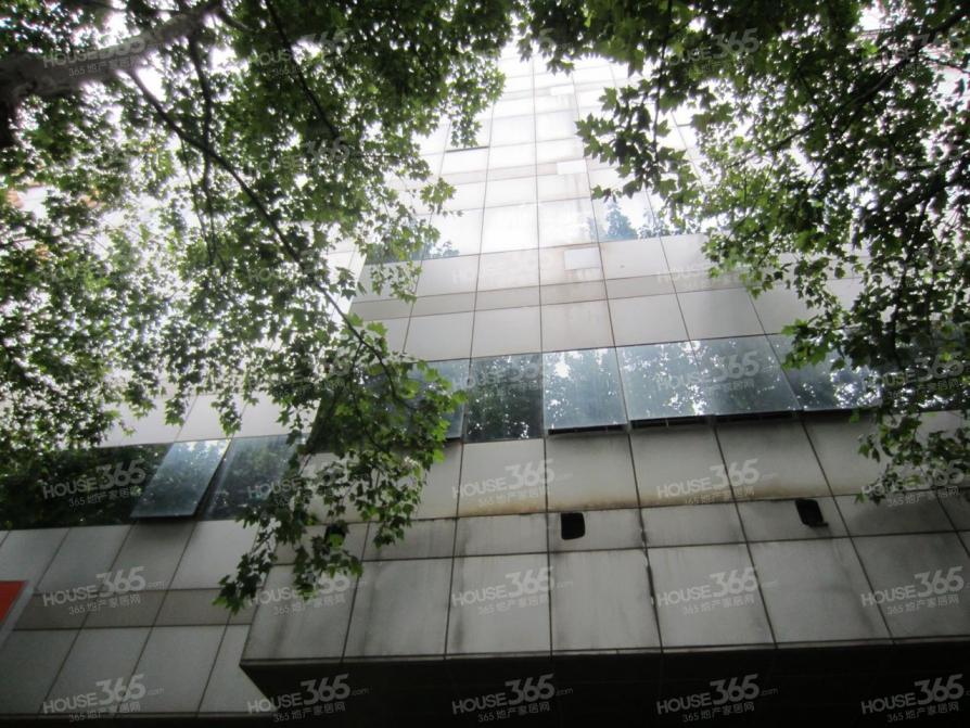 鼓楼区湖南路江苏商厦1600.00㎡简装0室0厅