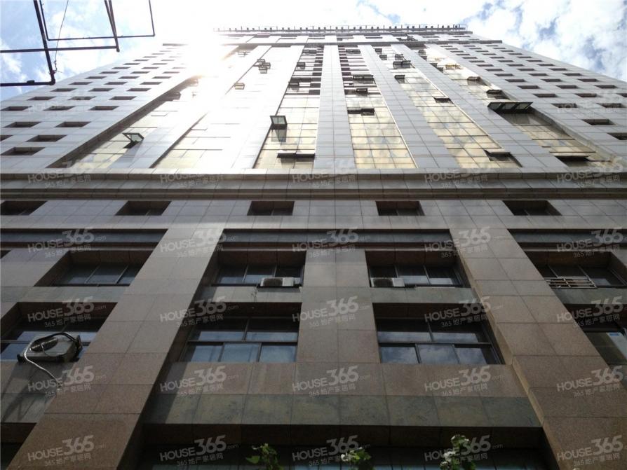 新街口华威大厦写字楼买卖专家 专业过户税费咨询 多套可选