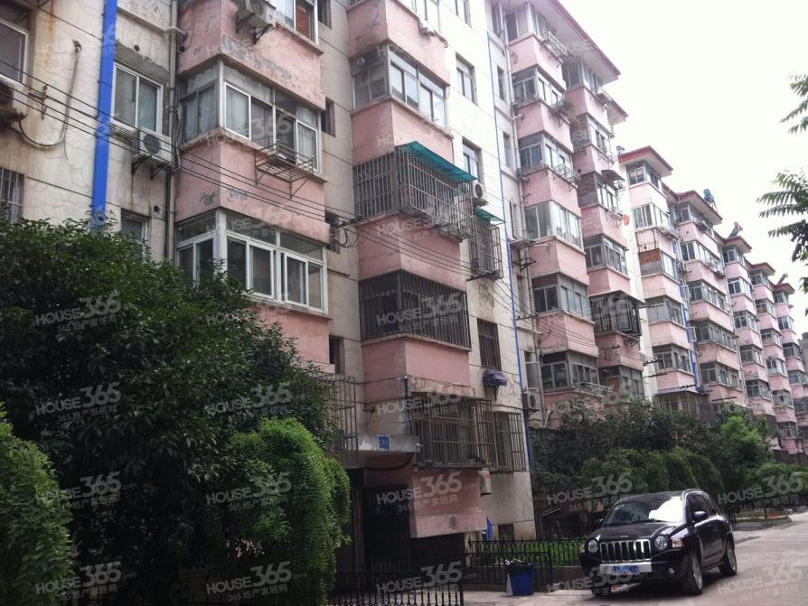 游府新村3室1厅1卫59.9平米1998年产权房豪华装