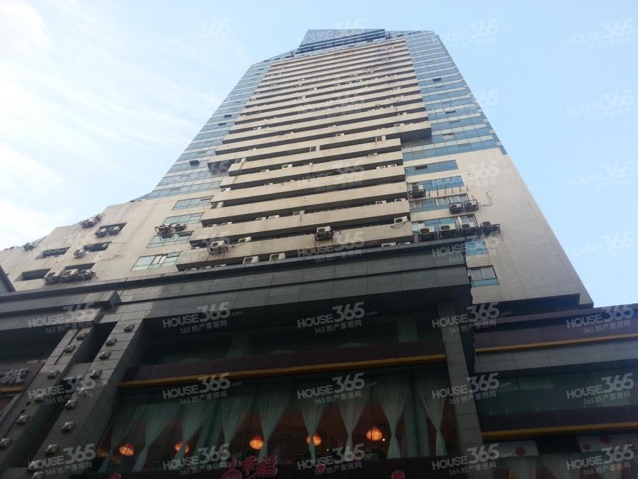 秦淮区新街口东宇大厦158.00�O精装1室0厅