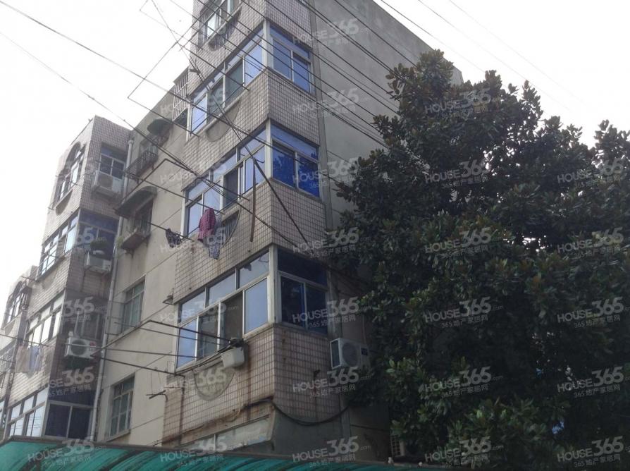 化工新村2室1厅1卫65平方产权房简装