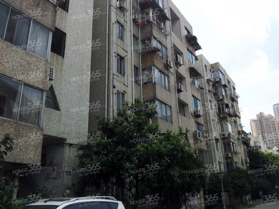 新江南花园3室精装修南长街学区可用直升侨谊中学近家乐福超市