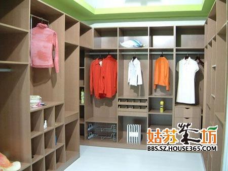 卧室衣柜装修效果图 最新卧室整体衣柜装修设计及