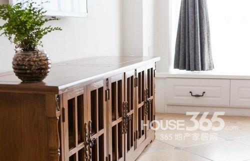 两室两厅装修效果图:实木矮柜-两室两厅装修效果图 105平米个性美式高清图片